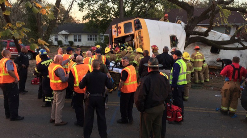 Tennessee school bus crash kills at least 6 children