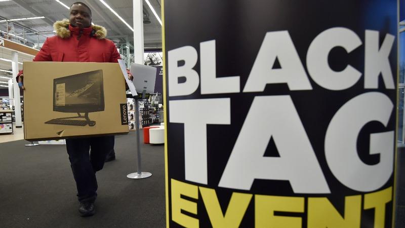 Britons chase Black Friday bargains online