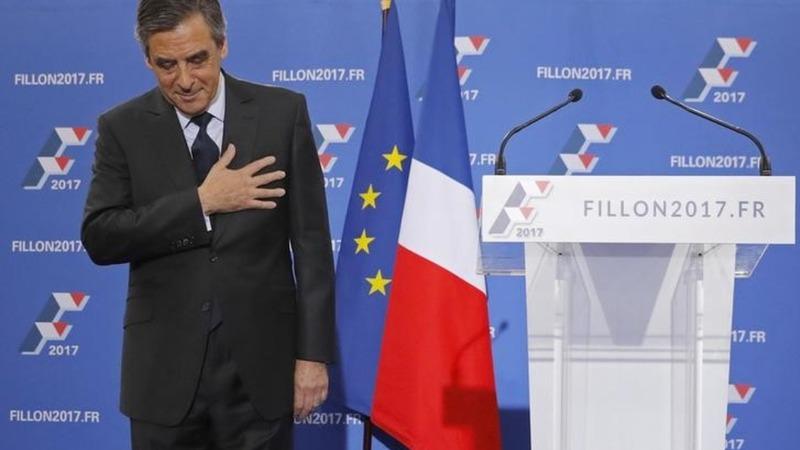 Fillon sets up battle with Le Pen in France