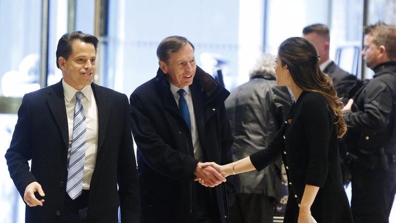 Petraeus joins hunt for top State Dept. job