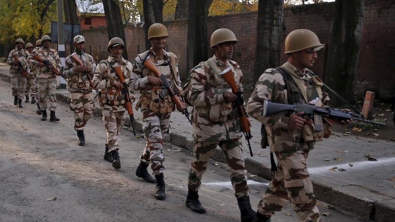 Militants lead deadly raid on Indian army base