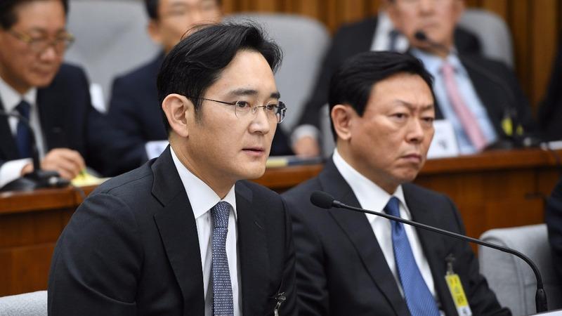 South Korean tycoons testify in presidential scandal