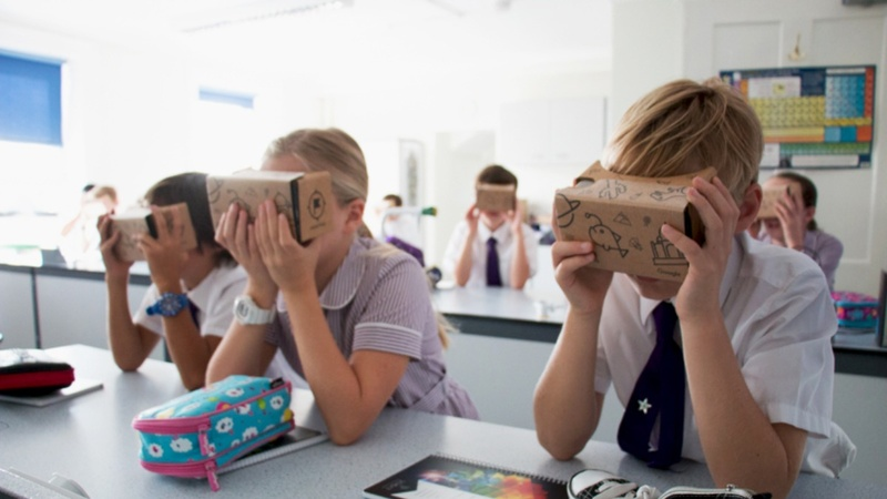 Google brings VR to the classroom