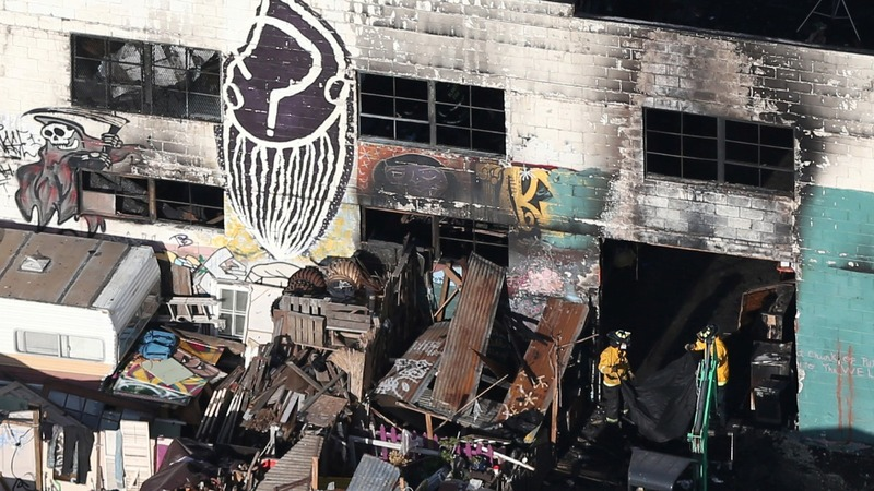 Oakland's artist co-op was a fire trap, say visitors