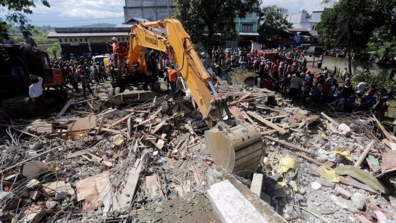 Indonesian quake death toll rises