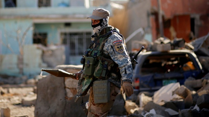 Iraqi forces advance on Mosul center