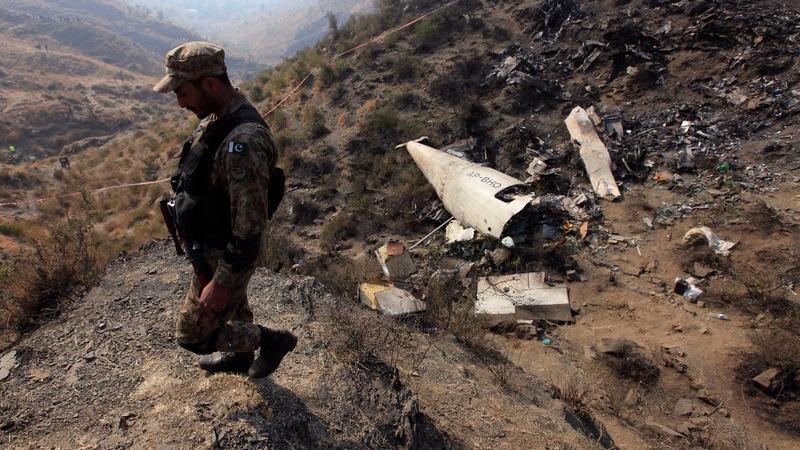 Pakistan investigates deadly plane crash