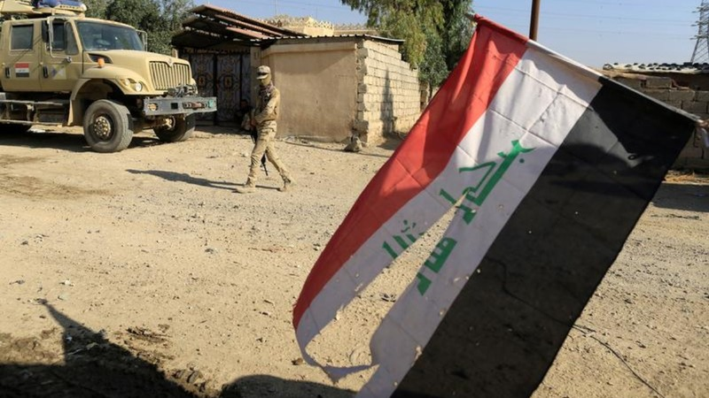 Iraqi troops retreat near Mosul