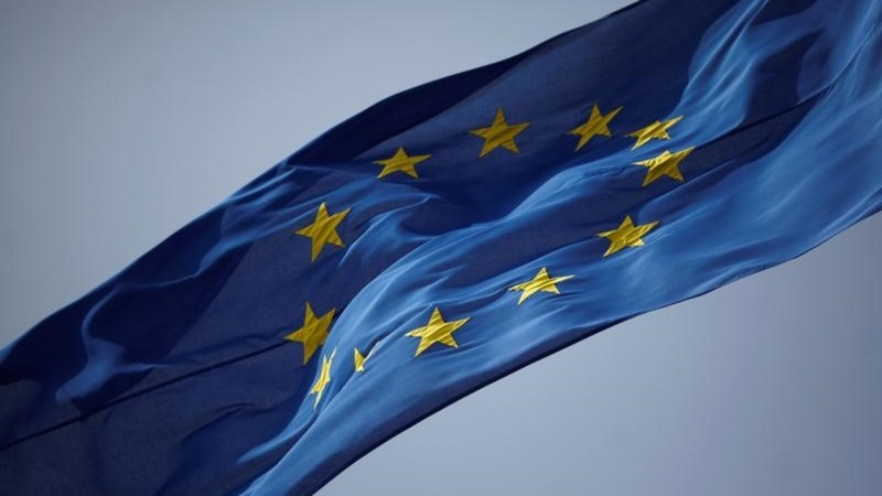 Crisis-riddled EU celebrates 25th birthday
