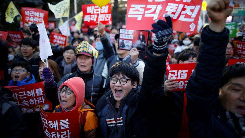 South Koreans call for president's resignation