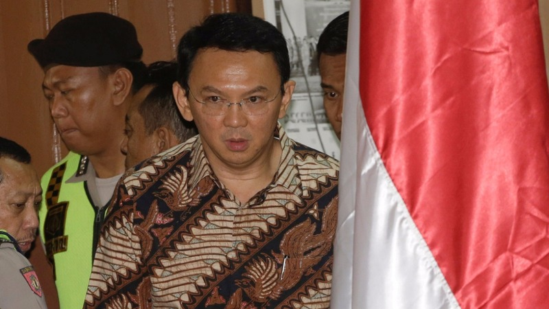 Jakarta governor goes on trial for blasphemy