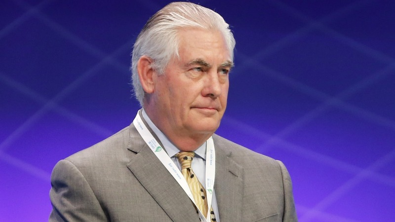 Trump officially taps ExxonMobil's Tillerson for State