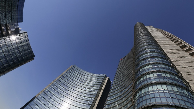 UniCredit to cut jobs and raise billions