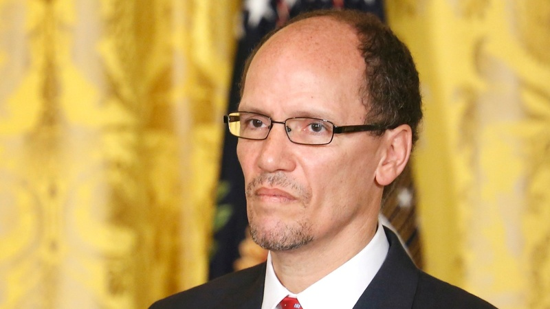 Perez shakes up battle for soul of  Democratic Party
