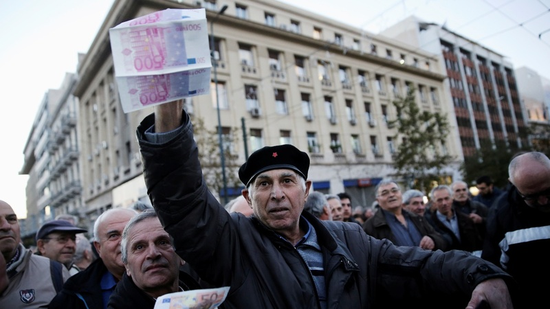 Greece snubs lenders, approves pensioner bonus