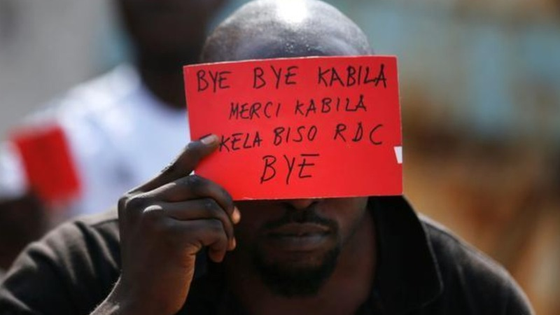 Tension in Congo as leader refuses to step down