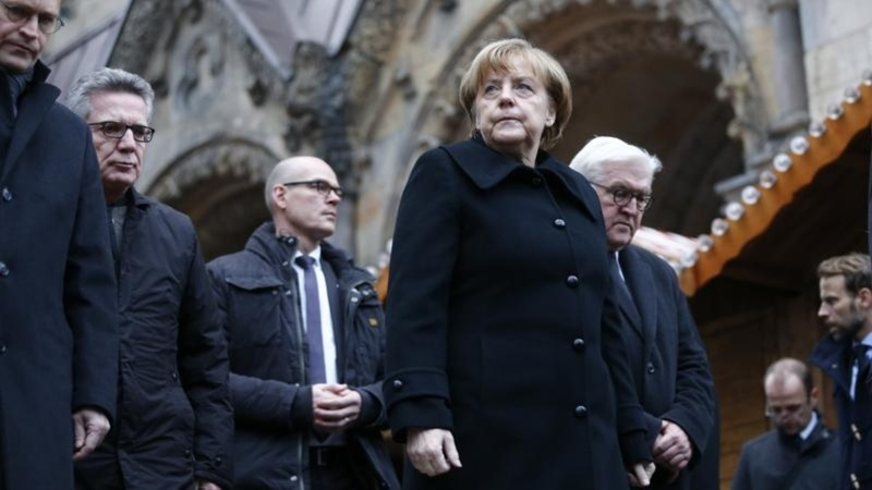 Merkel faces renewed criticism over immigration