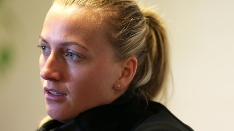 Tennis star Kvitova injured in knife attack