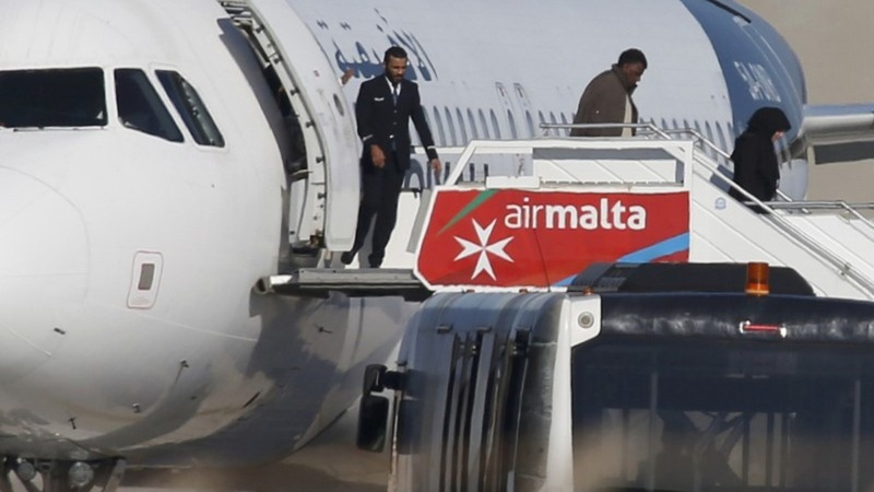 Malta hijack ends without bloodshed