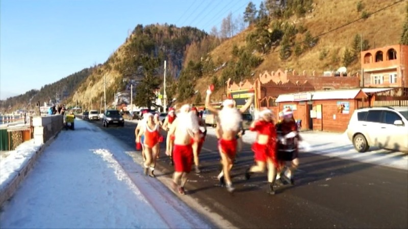 INSIGHT: Siberians celebrate with bikini run