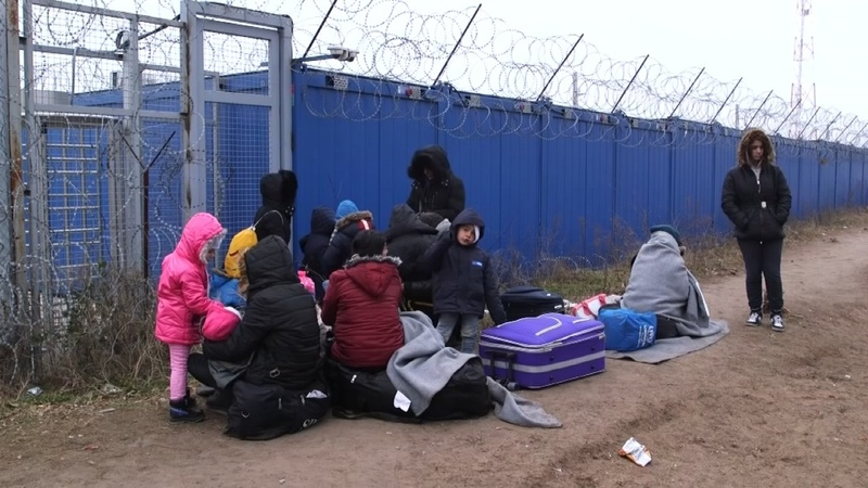 Migrants trapped in Serbia face cold winter
