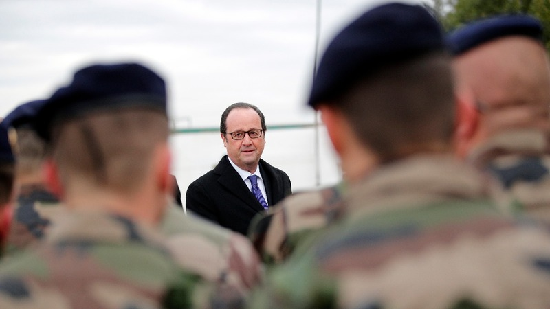 In Iraq, Hollande vows to tackle IS