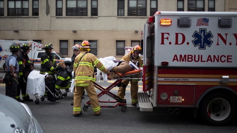 NYC commuter train derails, injuring more than 100
