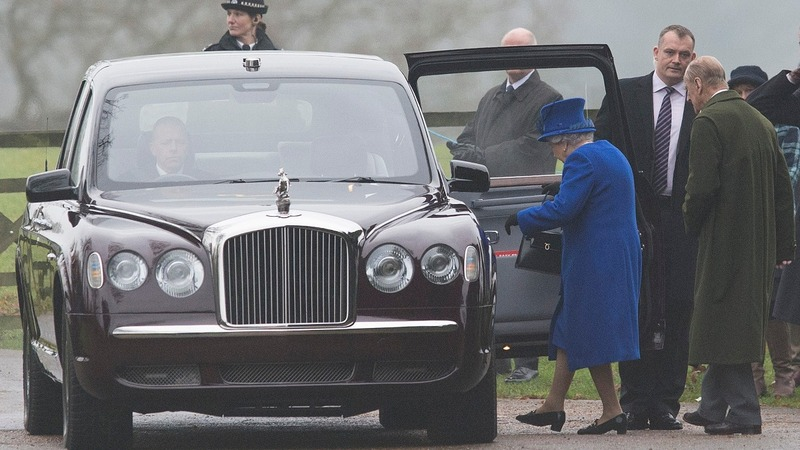 Recovering from cold, Queen makes first public appearance