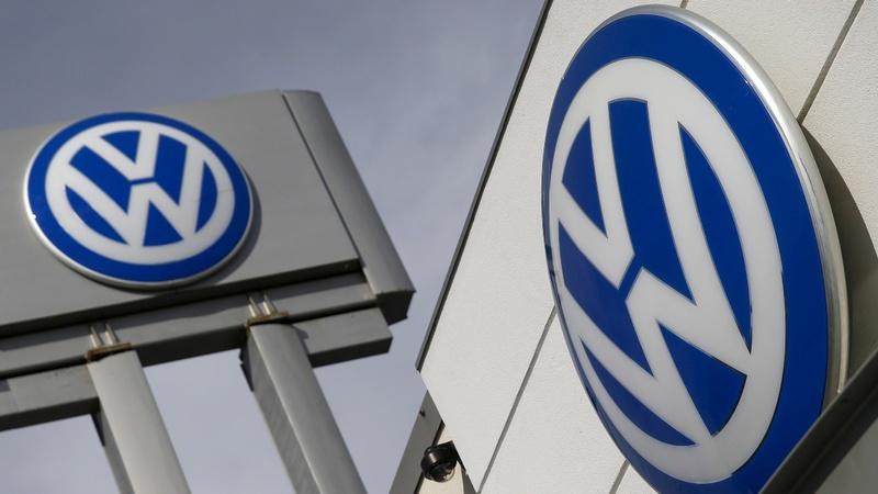 VW faces fresh headaches in U.S., UK