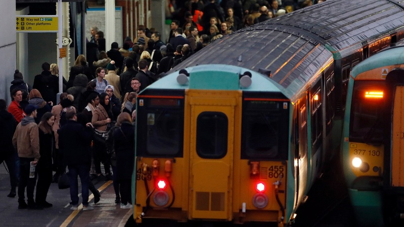 London commuter chaos as workers strike