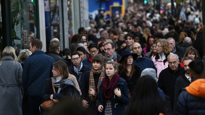 Sparkling Christmas for top UK retailers