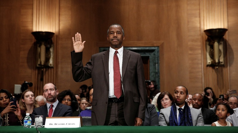 Carson and Warren go head-to-head in Senate hearing