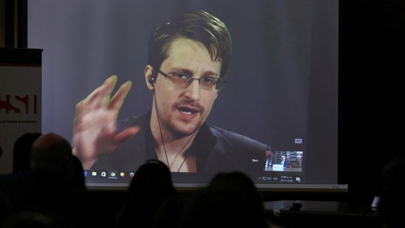 Russia extends Snowden's asylum