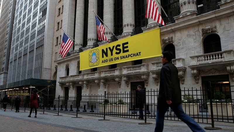 Stock exchanges battle over Snapchat IPO