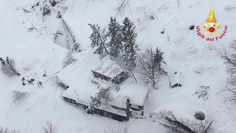 Many feared dead in Italian hotel avalanche