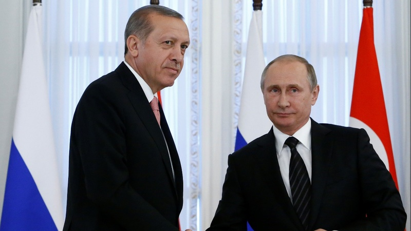 Russia joins Turkey to bomb Syrian militants