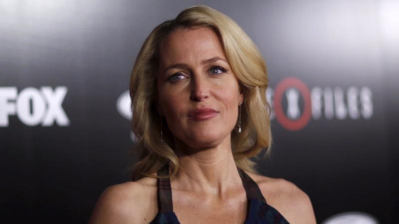 Gillian Anderson puts slavery on Davos agenda