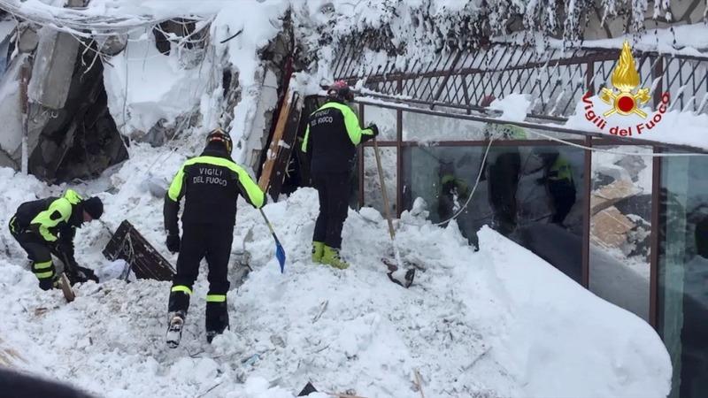 Survivors found in Italy hotel avalanche