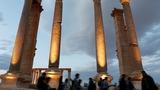 Islamic State 'destroys Palmyra amphitheatre'