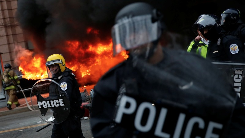 Violence flares during Trump inauguration