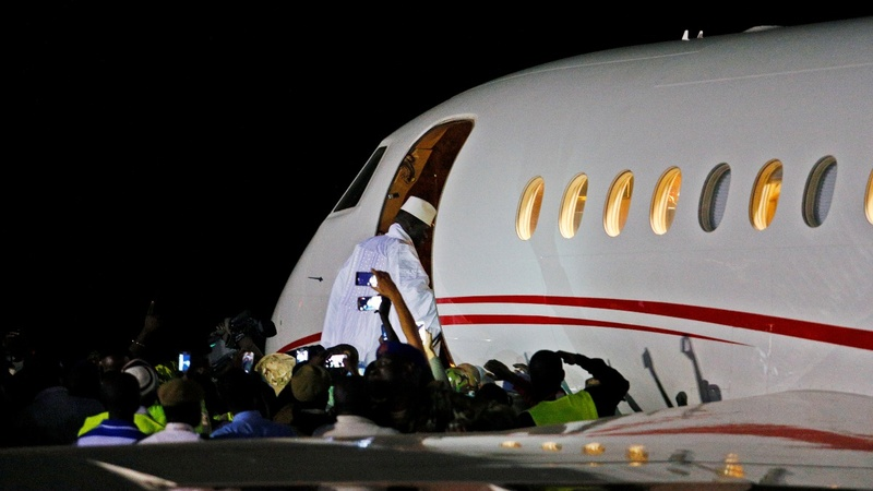 Former Gambia leader Jammeh flies into exile