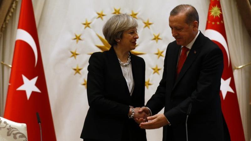 British Prime Minister talks trade, human rights in Turkey