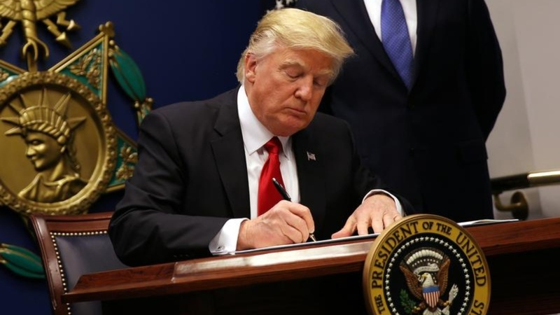 Global criticism for Trump's immigration crackdown