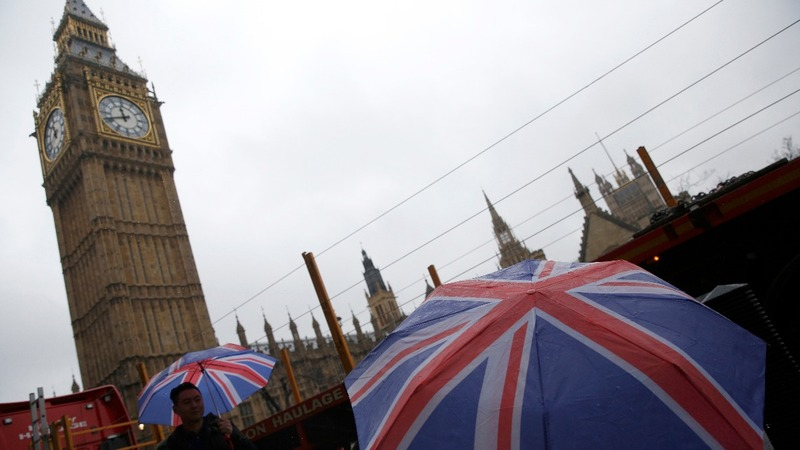 Brexit bill clears first legal hurdle
