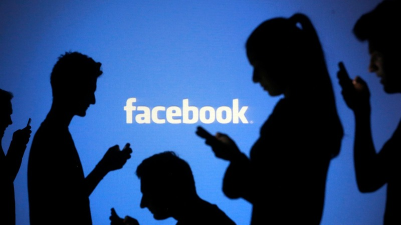 Mobile and video help boost Facebook