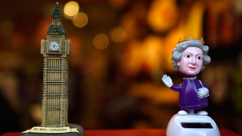INSIGHT: Gun salutes for Queen's 65 year reign