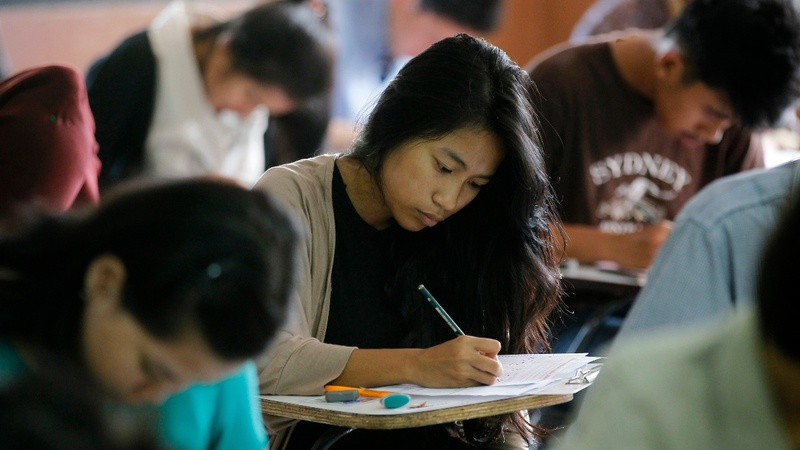 Indonesian students rethink U.S. plans under Trump ban