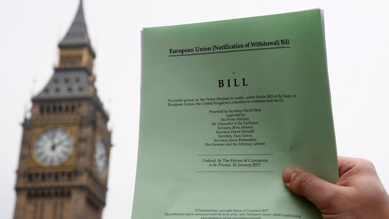 Brexit bill passes key Commons vote
