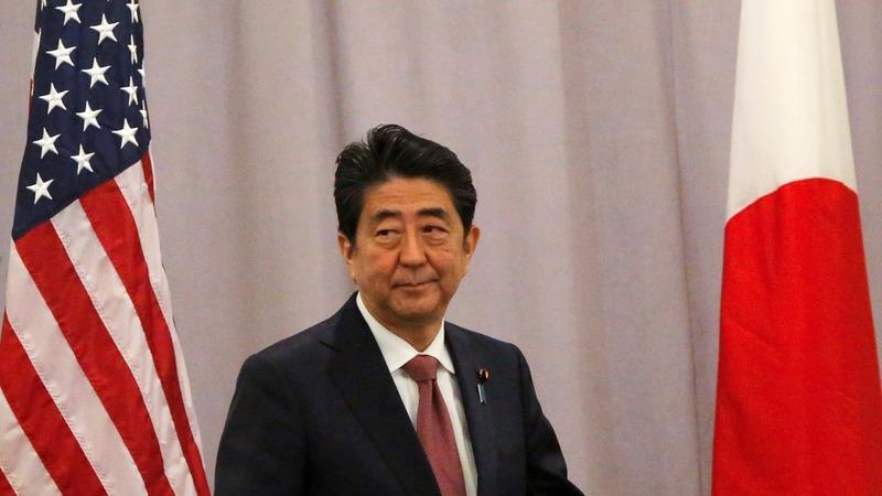 "Trump tees off against ""polite"" Abe in Florida"