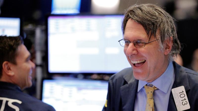 Wall Street hits record on hint of 'phenomenal' tax cuts